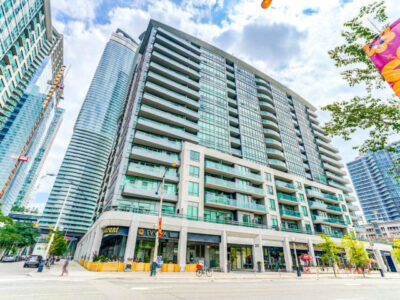 25 Lower Simcoe St  Unit 601